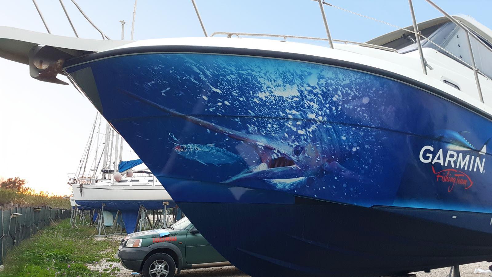 Wrapping nautico su una barca lavorata da noi